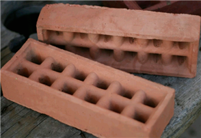 BRICK VENT V16 SQUARE HOLE TERRACOTTA 230 x 80mm
