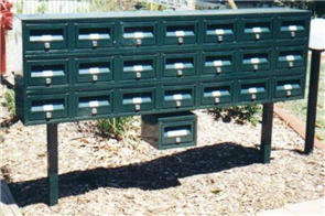 LETTERBOX CLAD ALL ROUND TYPE No 1 STAND ONLY W / - BASE POSTS