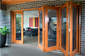 HUME DOOR ALFRESCO MULTIFOLD - 2 to 6 DOOR CONFIGURATION